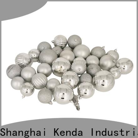 Kenda 2020 red christmas balls trader